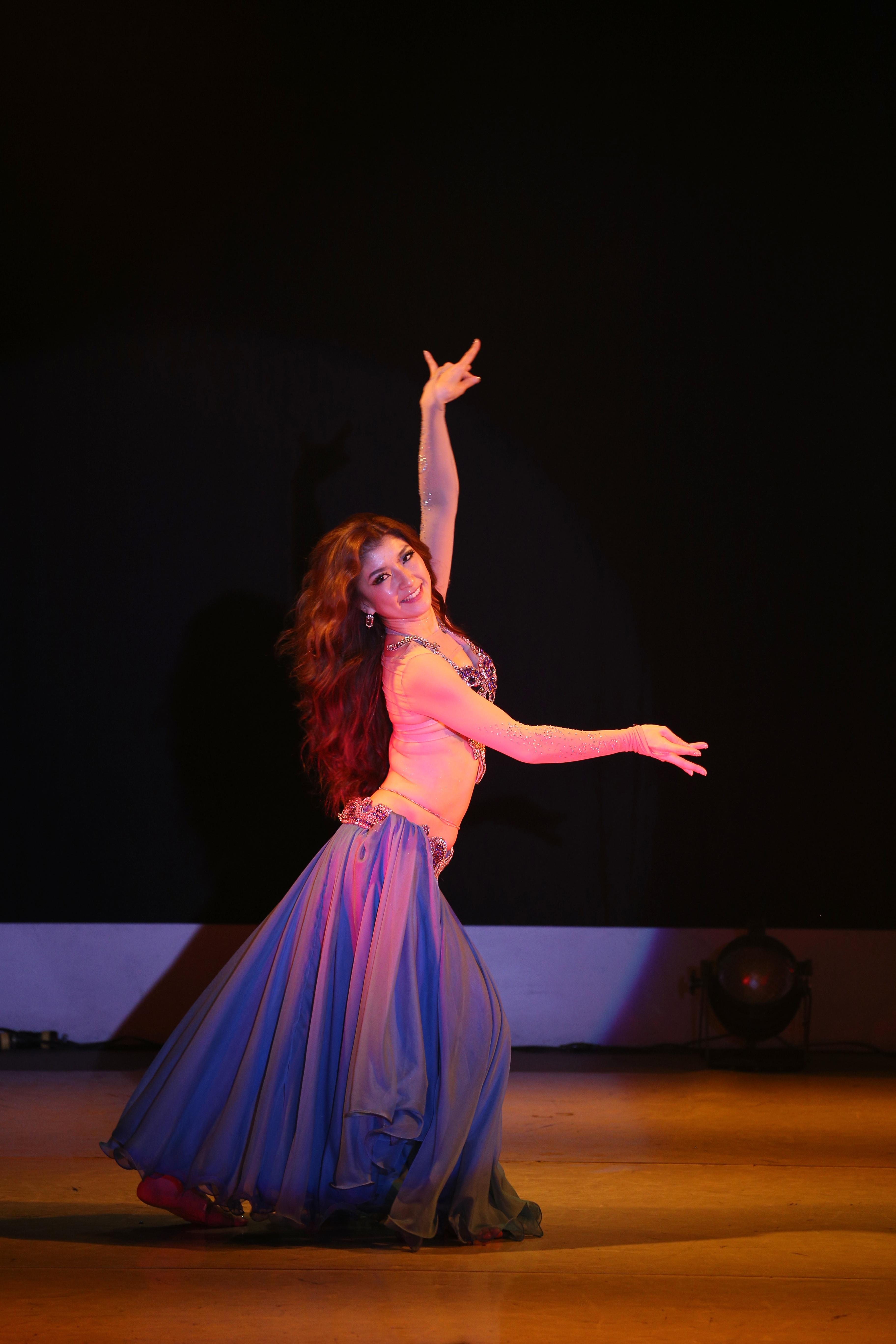 ベリーダンスインストラクター:Mai