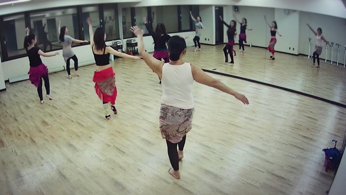 梅田 ベリーダンス教室